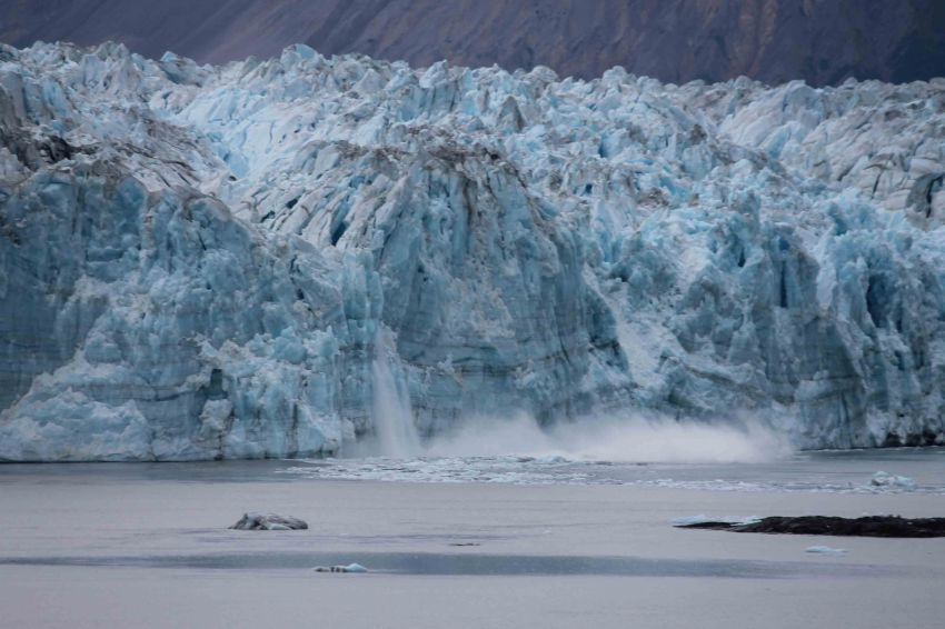 Hubbard Glacier calving, Princess Cruises Voyage of the Glaciers southbound