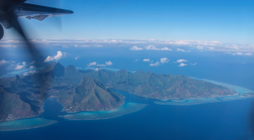 Mo'orea from the air