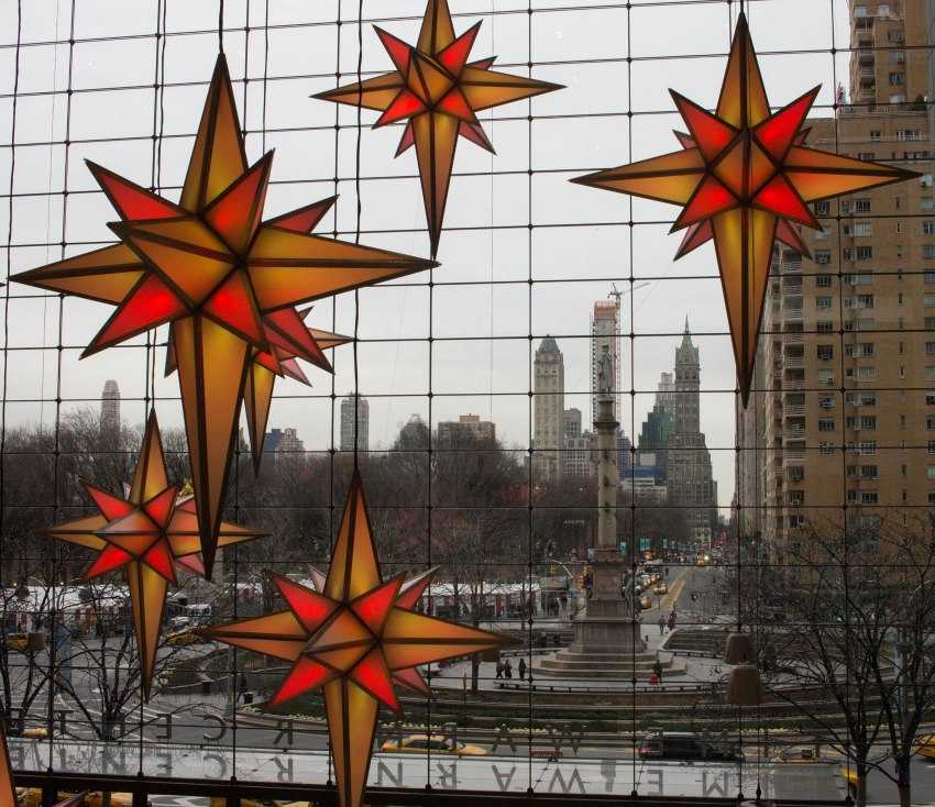 Light-up stars at the Time Warner Center